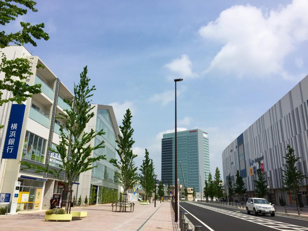 海老名駅西口プロムナード