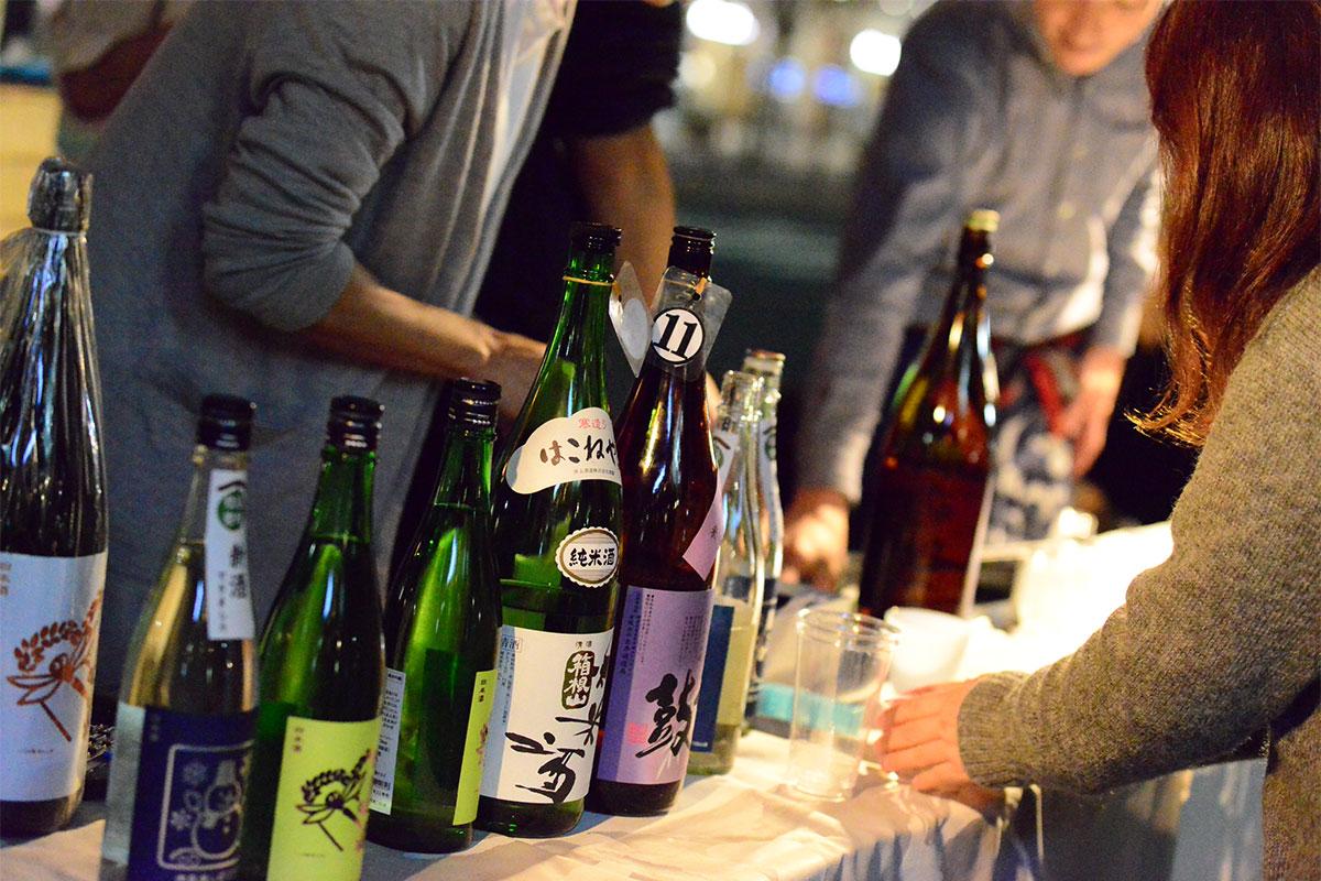 市内唯一の酒蔵「泉橋酒造」(下今泉)をはじめ県内13の酒蔵の地酒