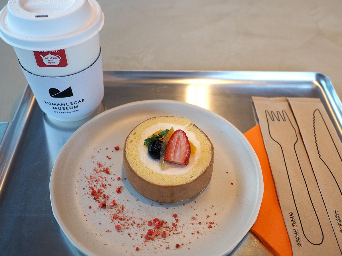 クールケーキ&日東紅茶のセット